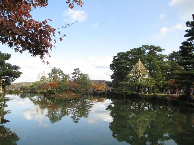 兼六園の霞ケ池と蓬莱島